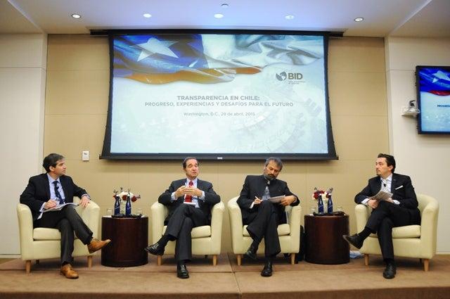Conversatorio sobre Transparencia en Chile