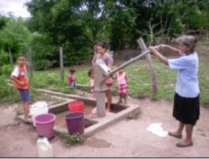 Necesidades de agua y saneamiento en el sector rural disperso