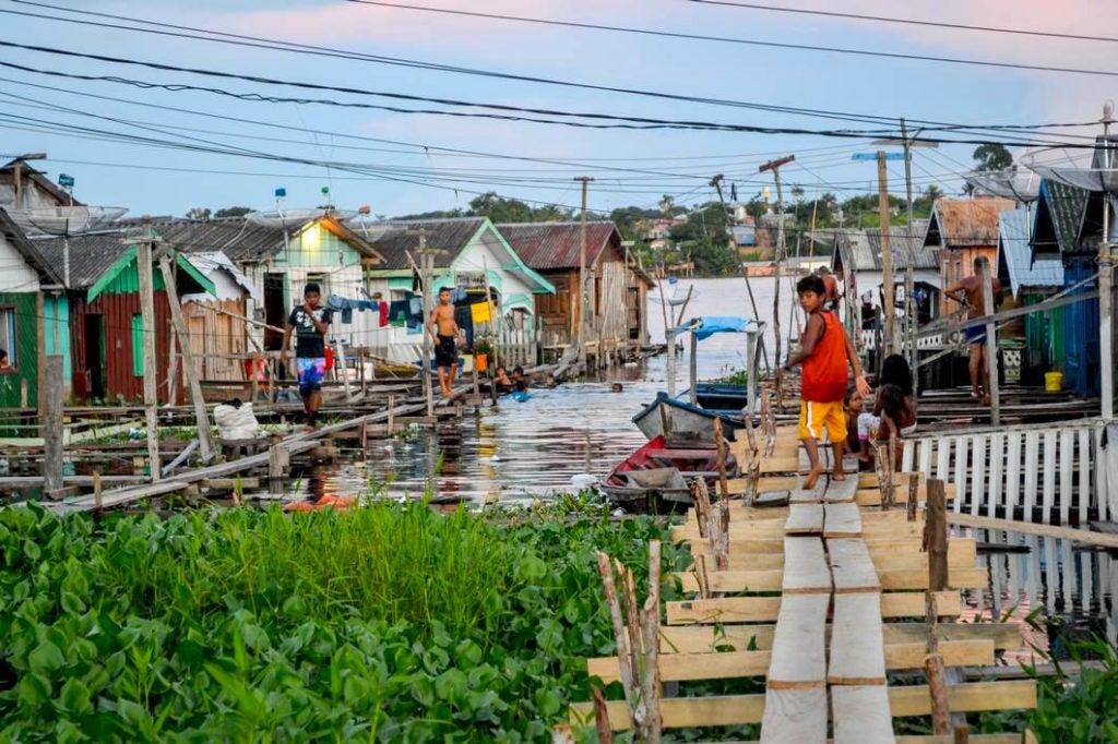 Proveer agua y saneamiento en la Amazonía rural: un enfoque integral