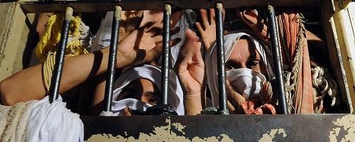 Um paradoxo brasileiro: as prisões fortalecem os bandidos