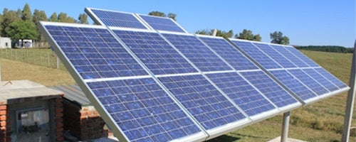 Dois exemplos de como a energia renovável pode ajudar cidades emergentes
