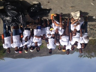 How to do a beach cleanup? Jamaicans can tell you all about it.