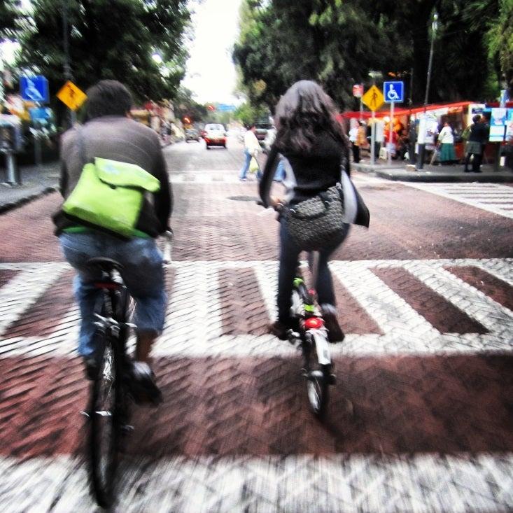 Descifrando Los Retos del Transporte Urbano en Ciudades Emergentes