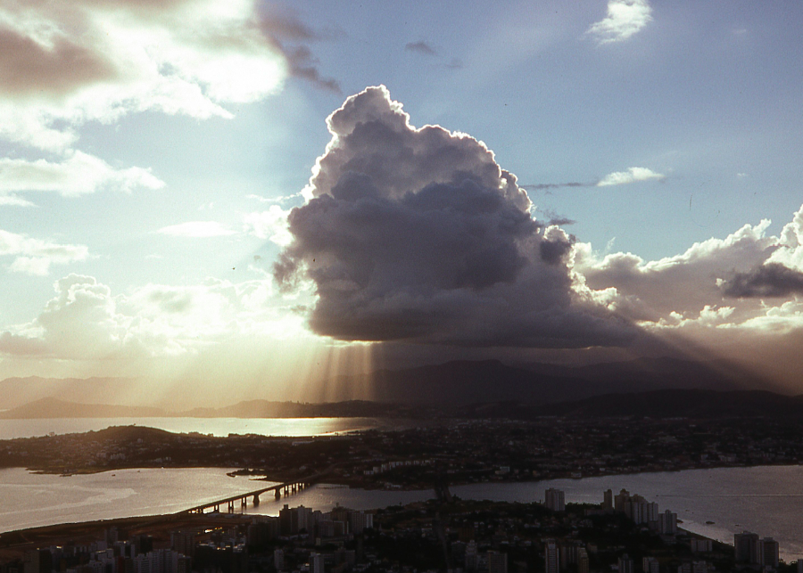Personalidades Emergentes: una entrevista con Vanessa Pereira de Florianópolis, Brasil