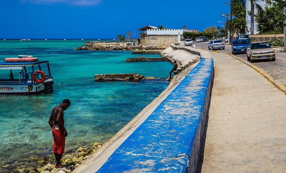 Transformando el paraíso: 2 maneras de revitalizar a Montego Bay
