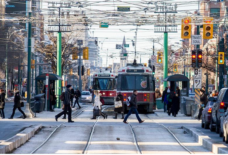 ¿Qué pueden aprender las ciudades emergentes del transporte de Toronto?