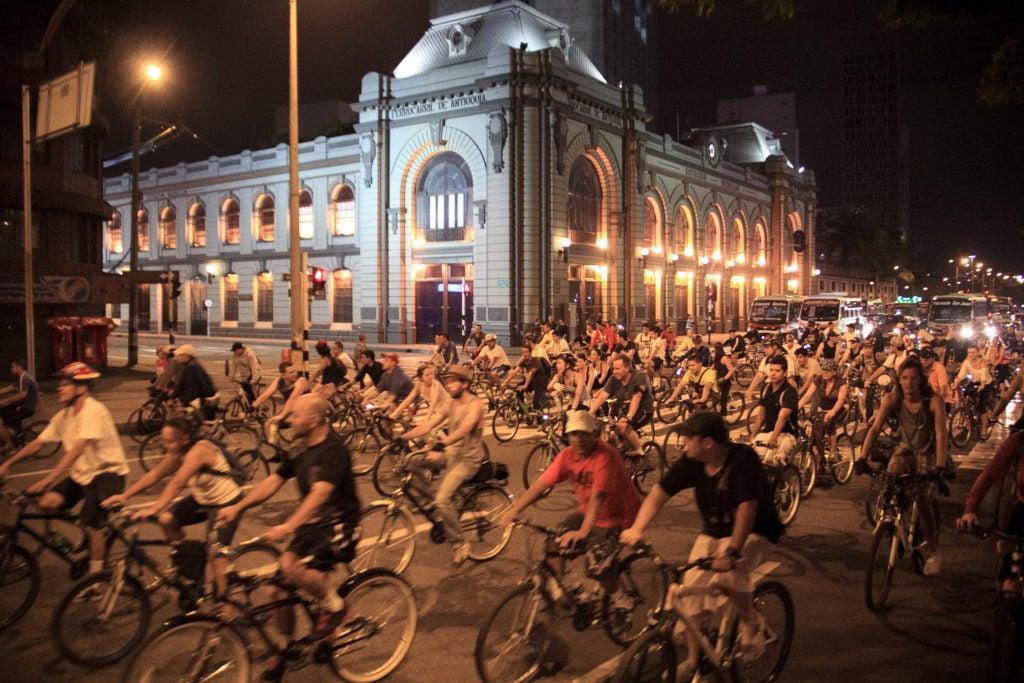 Ciclismo nocturno: ¿Reto u oportunidad para nuestras ciudades?