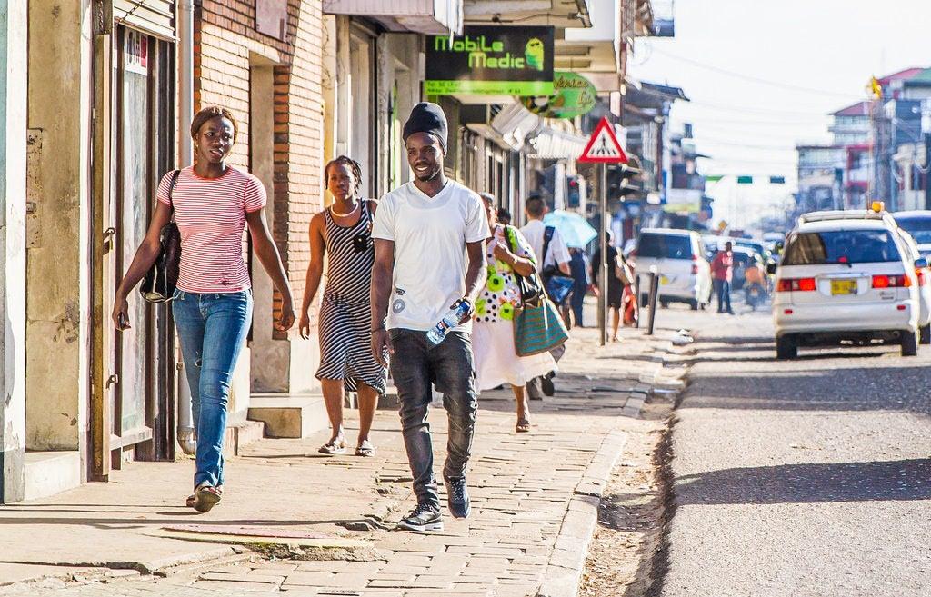 Cómo aumentar la resiliencia de las áreas urbanas: 3 lecciones de Paramaribo