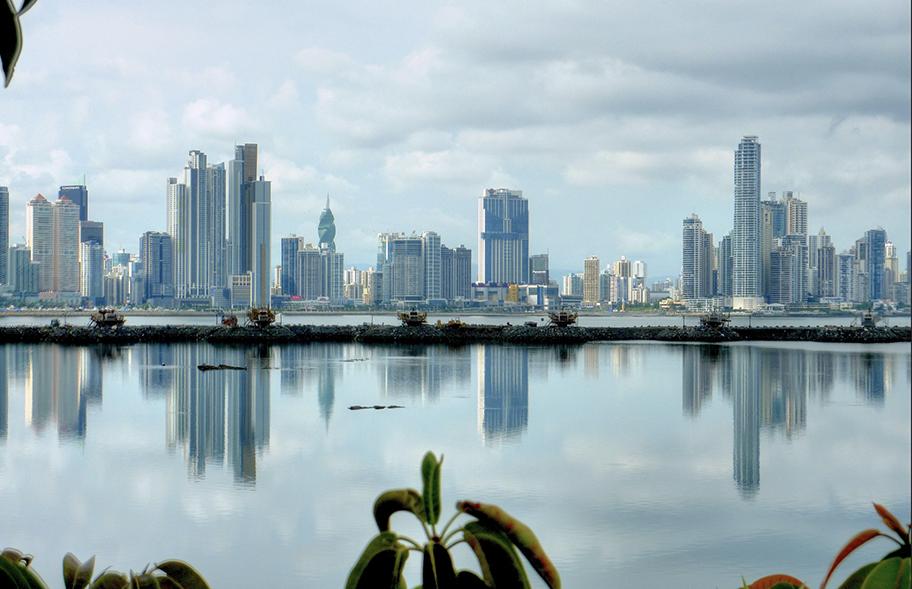 Panamá: cómo ordenar la metrópoli que creció en torno al Canal