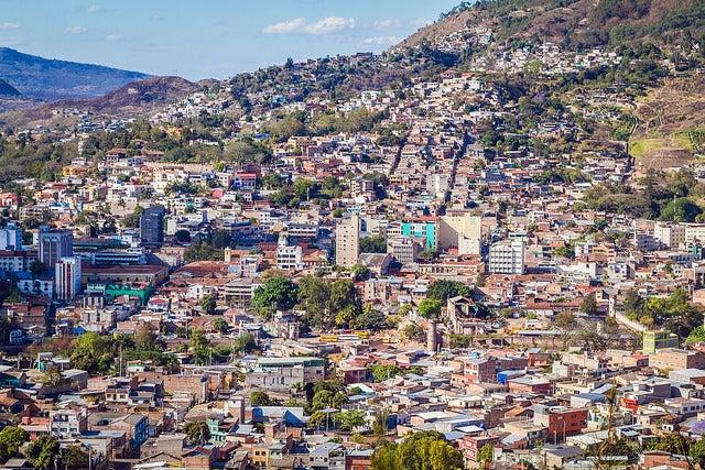 Mejorando barrios en Tegucigalpa