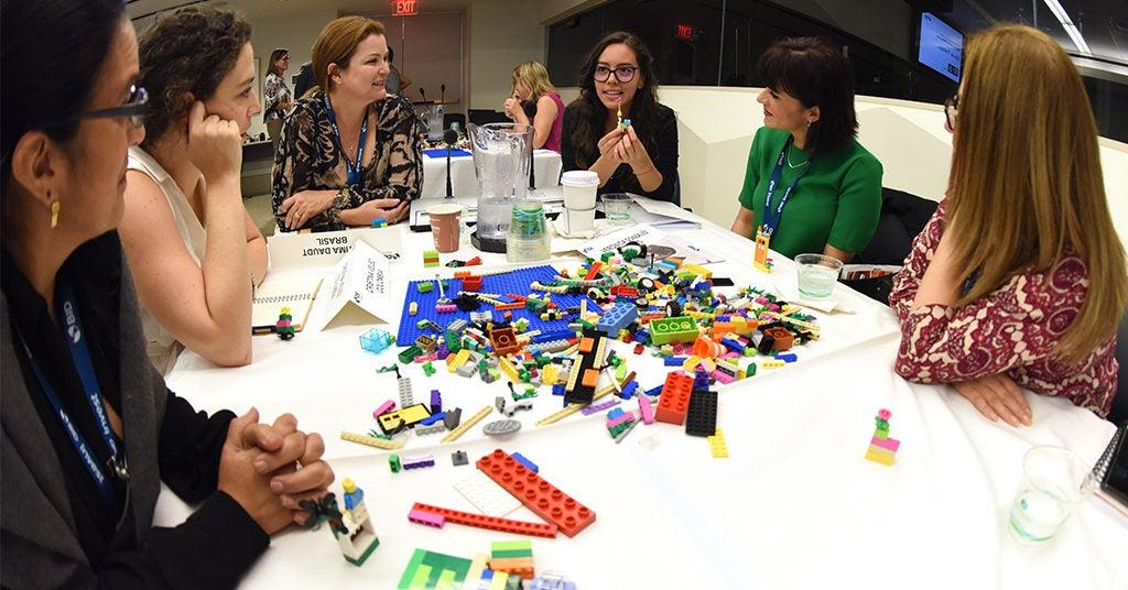 Políticas urbanas para la promoción del hábitat y diseño incluyente: género, infancia, ancianos, discapacidad