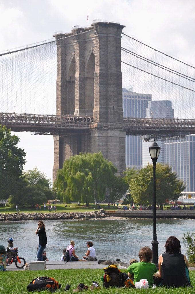 SOURCE: BROOKLYN BRIDGE, NYC 2019. IDB