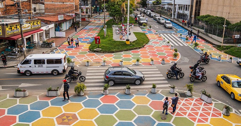 Peatonalización para la salud ciudadana: metodologías participativas y experimentales del piloto en urbanismo táctico Rionegro Calle Consciente