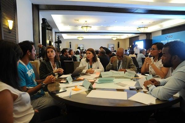 Ideas desde la Sociedad Civil: Recaudando Bienestar en América Latina y el Caribe