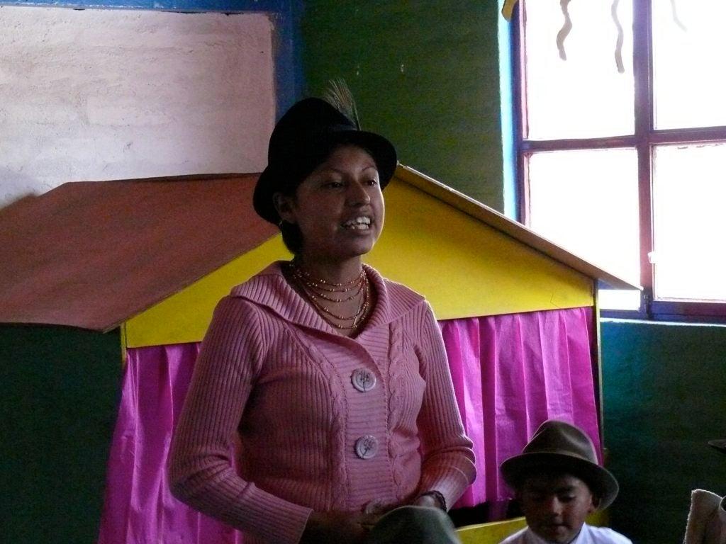 """¿Qué está ocurriendo dentro de la """"caja negra"""" de las aulas en Ecuador?"""