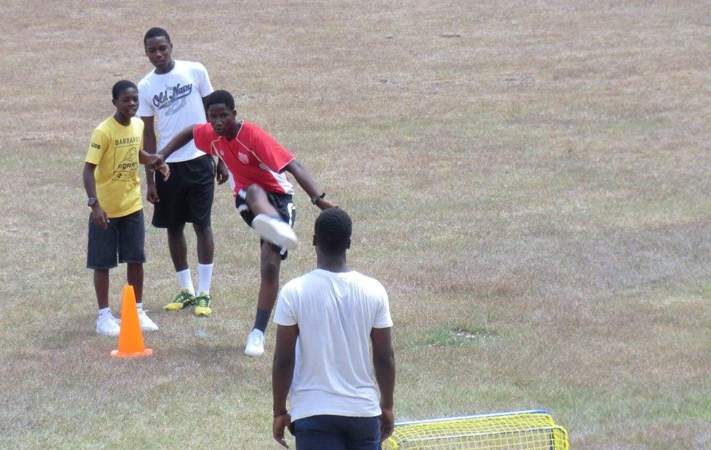 A Ganar: fútbol, aptitudes para la vida y un empleo