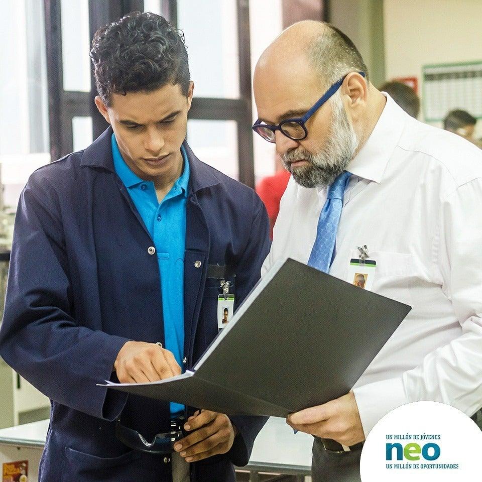 ¿Cómo hacer que los jóvenes de la región alcancen mejores empleos?