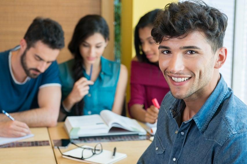 Los desafíos del pensamiento crítico en la educación del siglo XXI