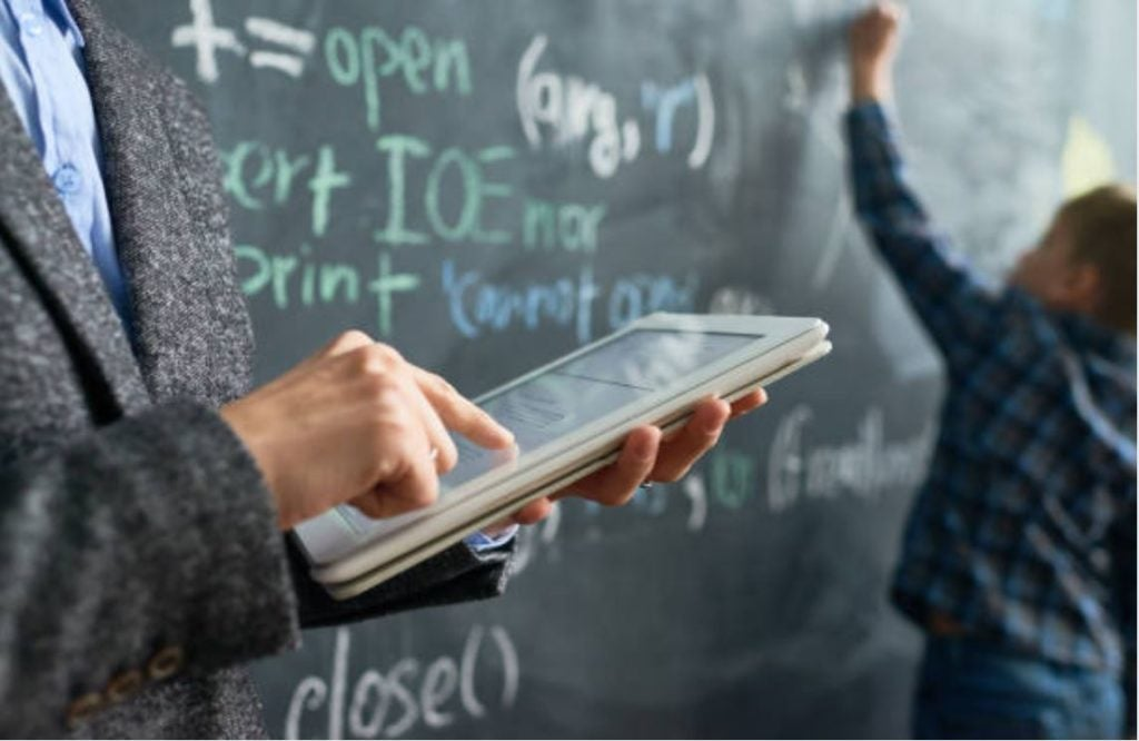 ¿Cómo se aprende en la era digital?