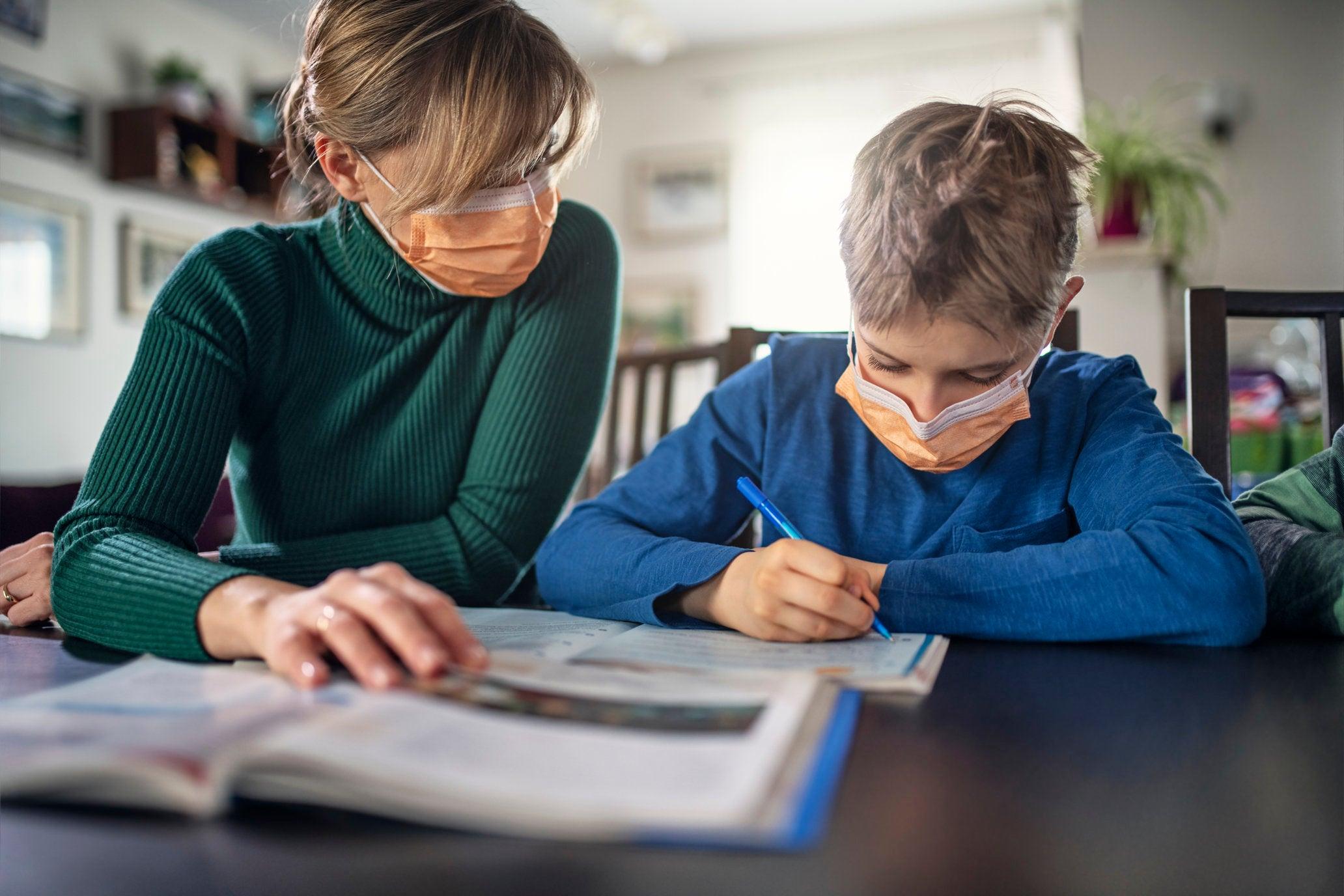 Las escuelas y el coronavirus, tres desafíos urgentes y una transformación necesaria - Enfoque Educación