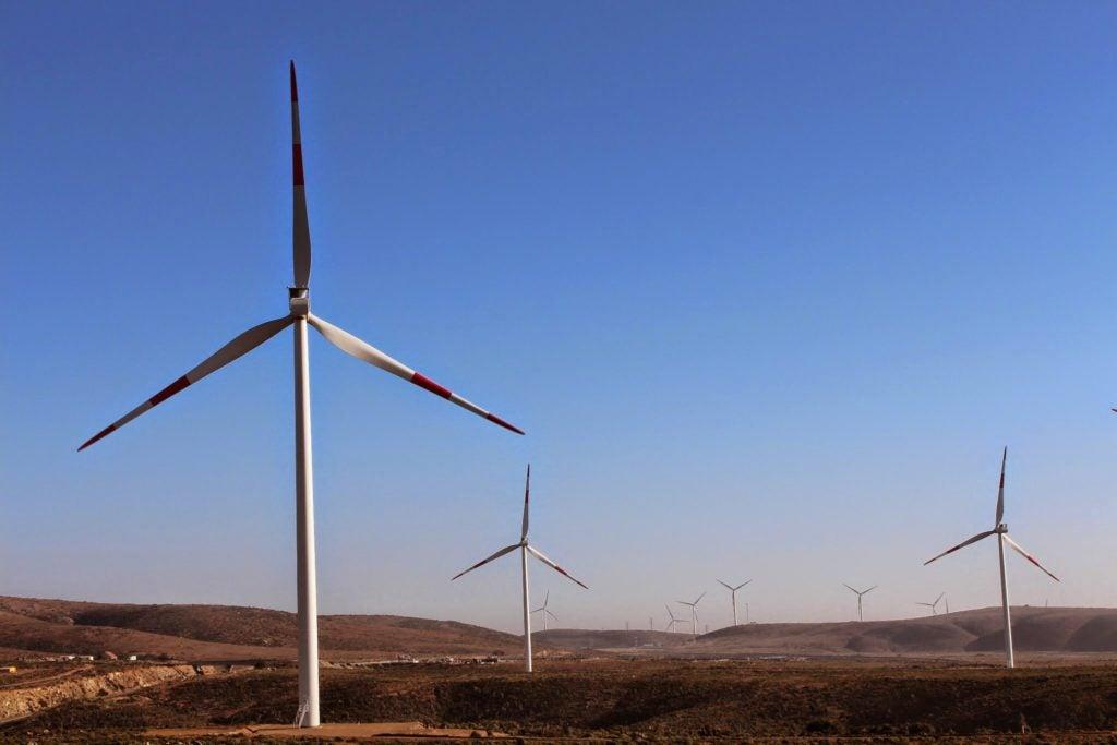 La caída de precios de petróleo ¿Un revés o una bendición para las renovables?