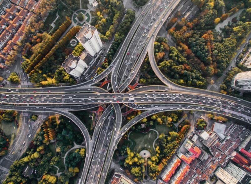 ¿Cuándo veremos las calles de América Latina llenas de autos eléctricos?