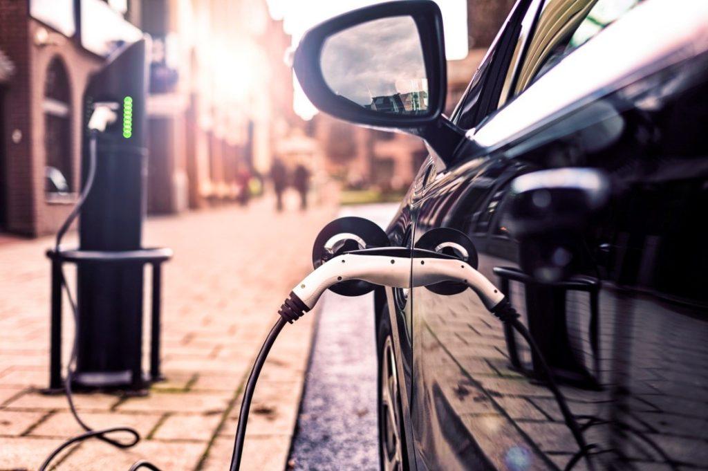 ¡A la carga! Los autos eléctricos en América Latina y el Caribe