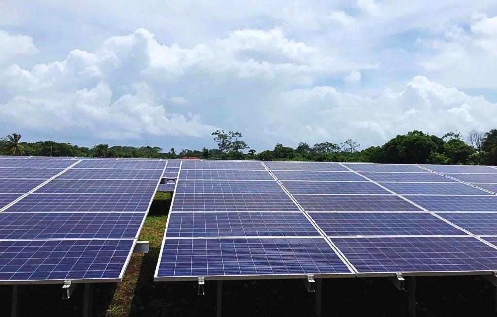 Premios Nobel, Baterías y Acceso a la Energía Eléctrica