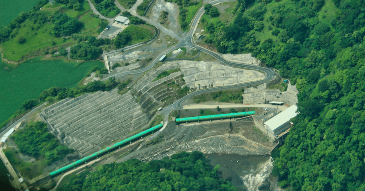 Planta hidroeléctrica_descarbonización de la matriz eléctrica