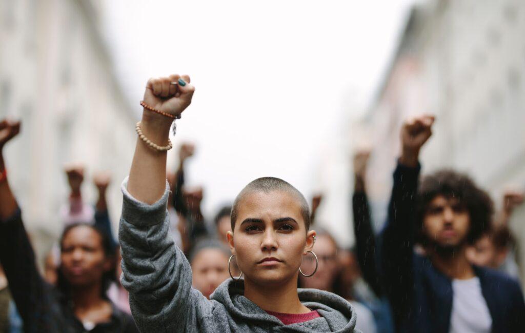 desigualdad America Latina Caribe ingresos protestas malestar social-min