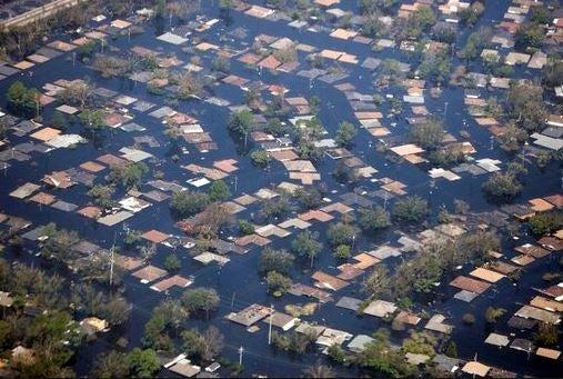La tierra ya está seca, pero las inundaciones continúan
