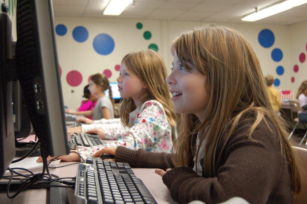 Aprendizaje interactivo para motivar estudiantes en América Latina