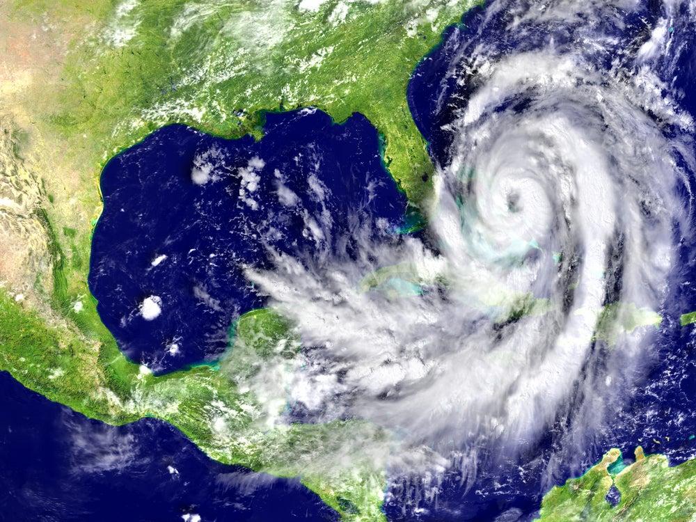 Prepararse para el impacto: ¿cómo enfrentan los países los desastres naturales?