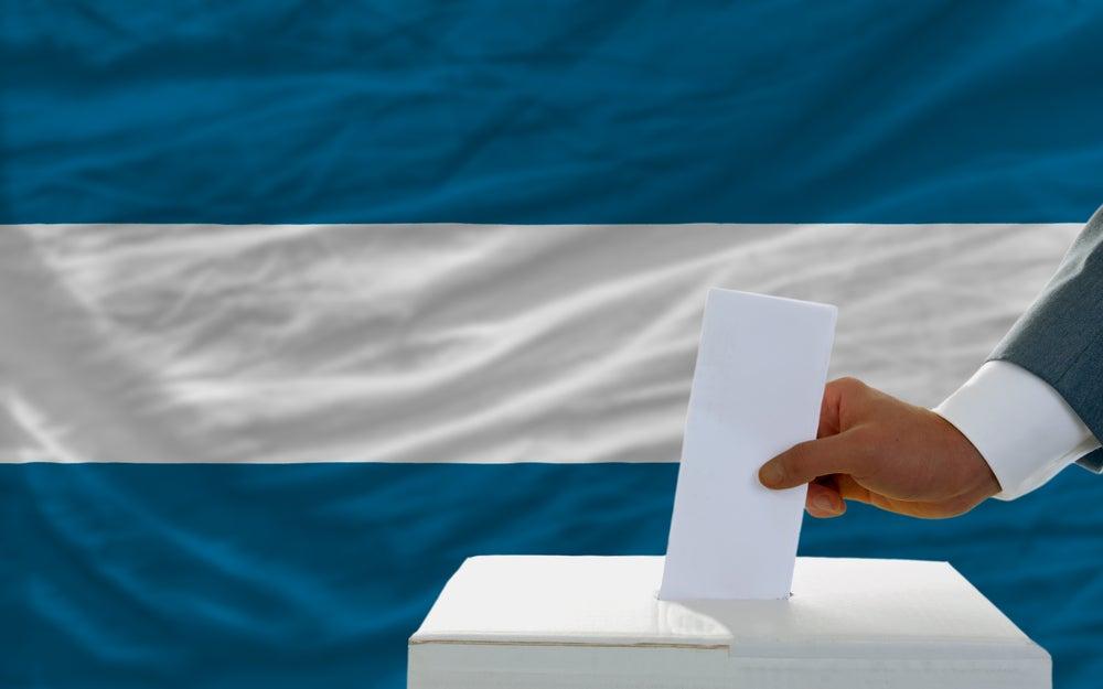 Un sólido sistema de partidos y paz en El Salvador