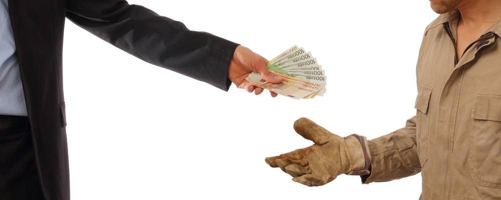 : la lucha contra la desigualdad mediante los salarios mínimos depende de cómo se pesan las circunstancias y el momento