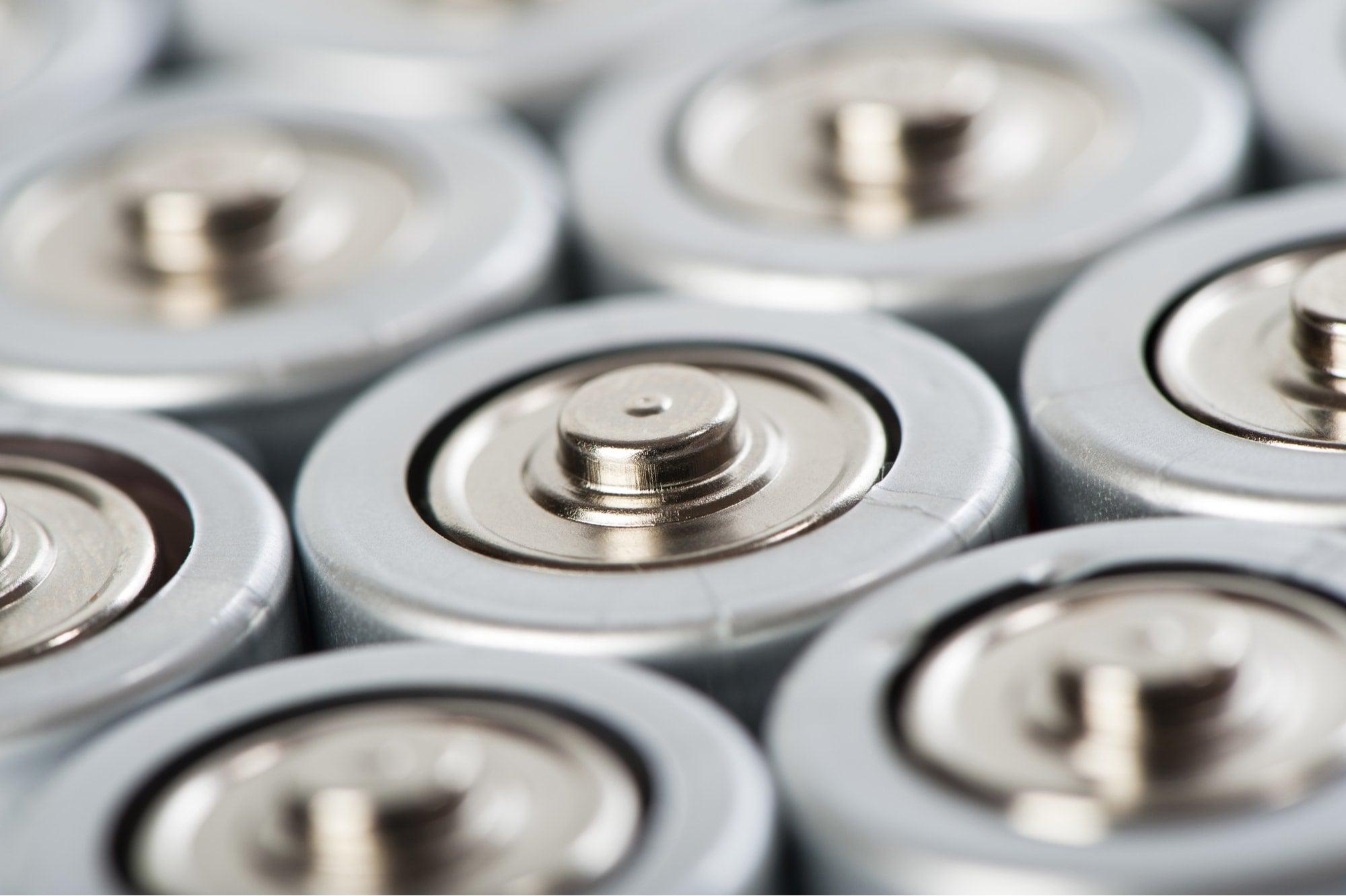 almacenamiento electricidad energia America Latina Caribe infraestructura baterias-min