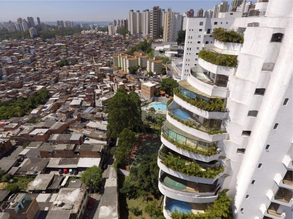 desigualdad residencial America Latina Caribe