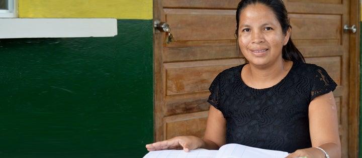 Banqueras indígenas: dinamizando la economía de sus comunidades