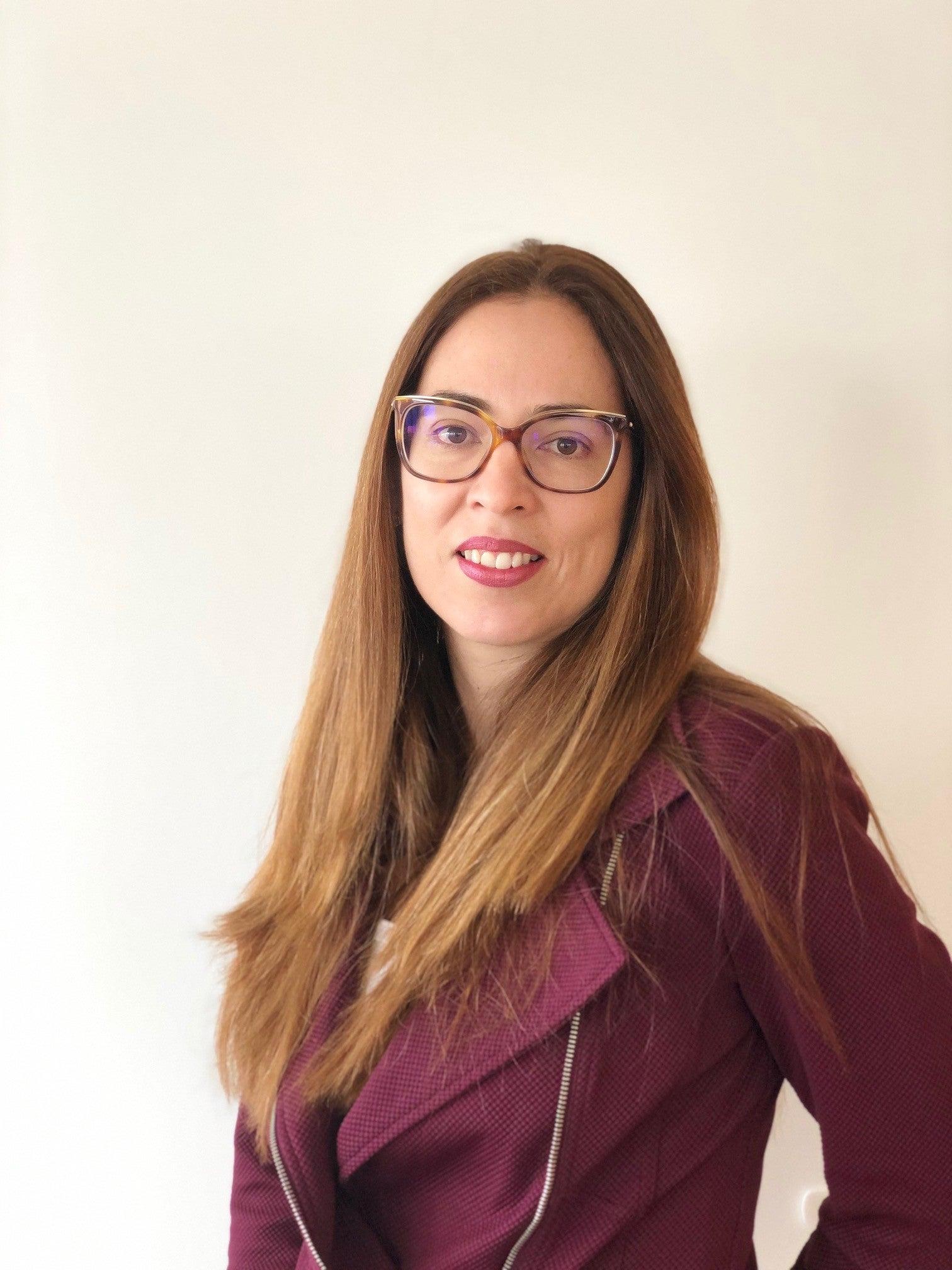 Viviana Alva Hart