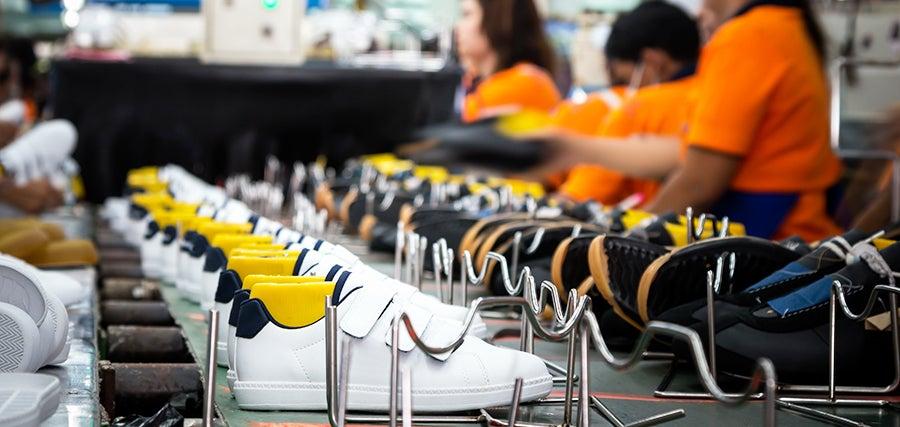 Cómo blockchain puede seguir el rastro de tus zapatos deportivos por el mundo y agilizar que los tengas más rápidamente