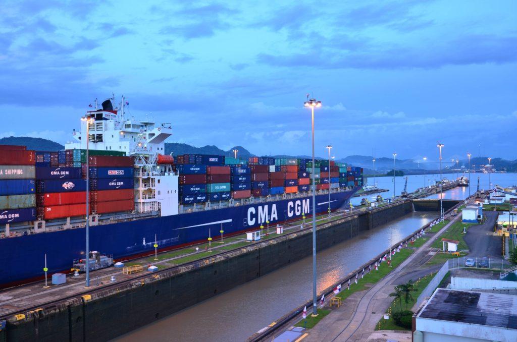 ¿Mantenerse a flote? Oportunidades en el Sector del transporte marítimo de las Américas