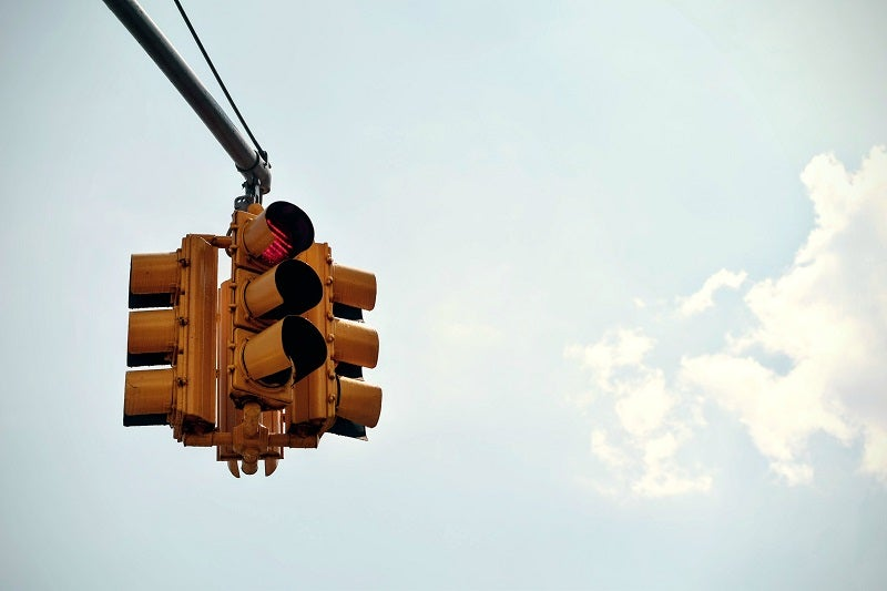The Border Traffic Light: How Customs Processing Affects Trade