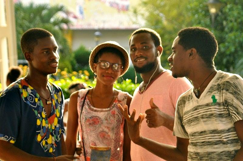 jovenes haiti