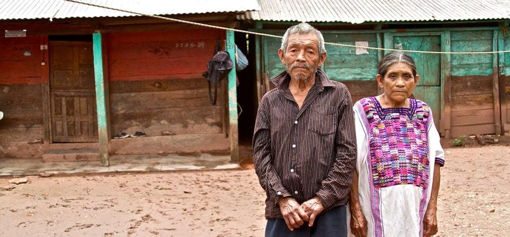 5 razones por las que casi la mitad de las personas que viven en pobreza extrema no reciben transferencias condicionadas