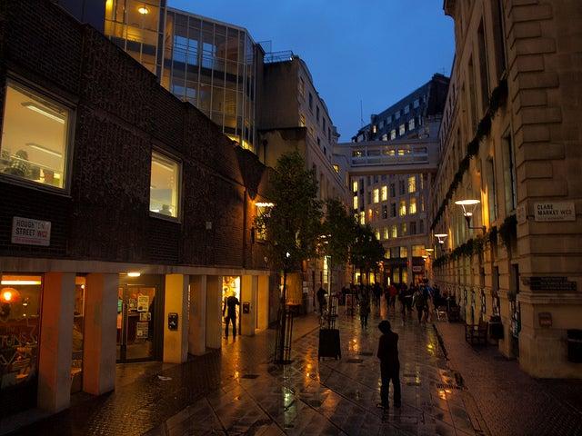 Video: tres elementos que ayudan una ciudad aprovechar la noche