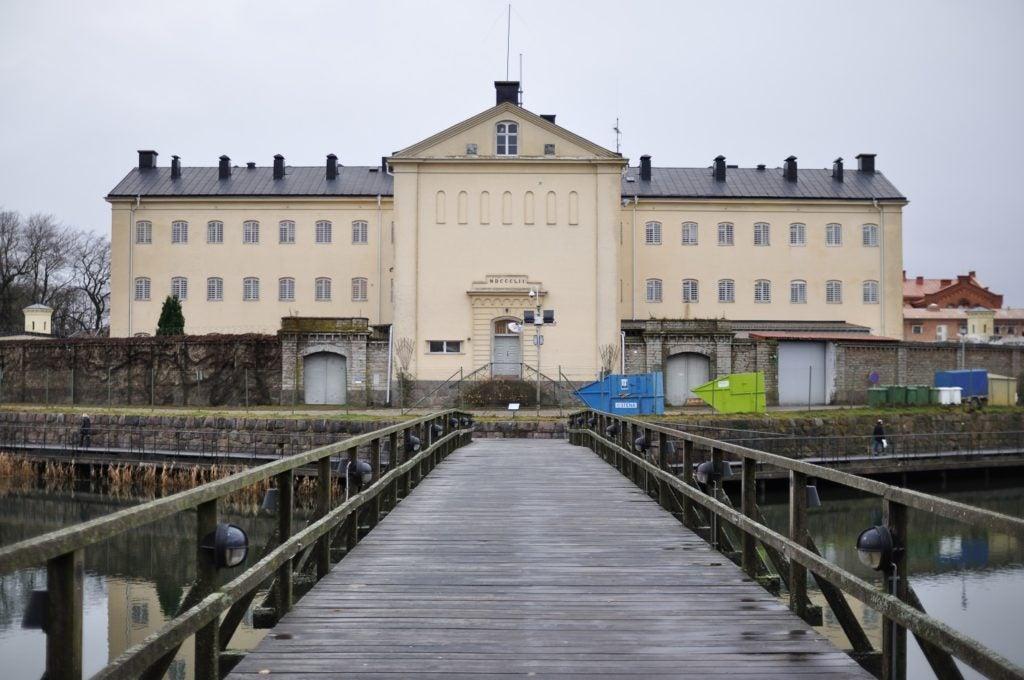 Dos lecciones para América Latina del cierre de las cárceles en Suecia