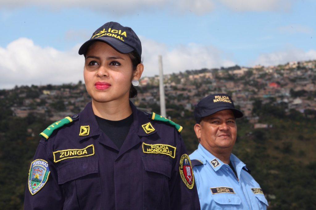 ¿Cómo impulsamos la dignificación de la Mujer Policía de Honduras?