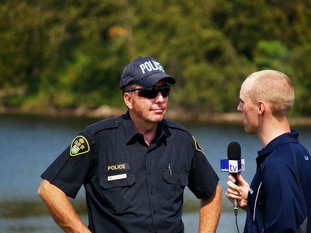 Cuatro preguntas clave para elegir un buen portavoz de policía