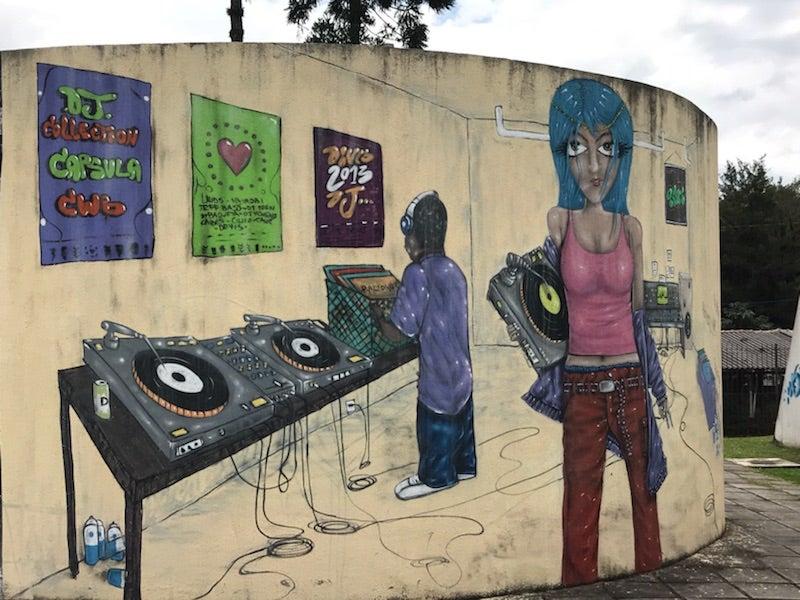 5 ideas para los centros juveniles en vecindarios de alta criminalidad