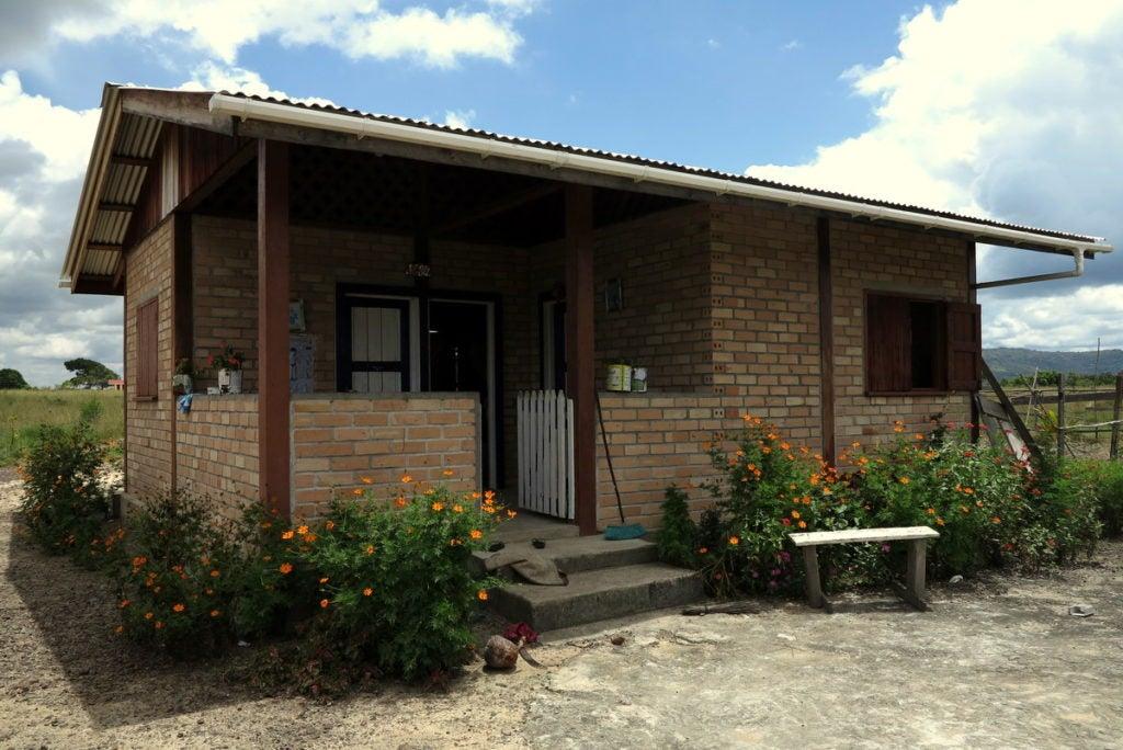5 maneras en las que se está construyendo vivienda sostenible en el Hinterland de Guyana
